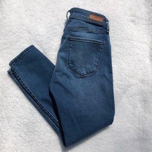 A&F Harper Super Skinny Ankle Jean